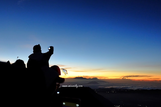 spot sunrise di gunung bromo
