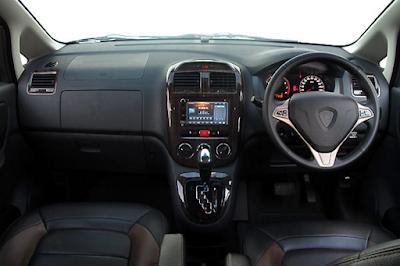 Interior Proton Exora Facelift