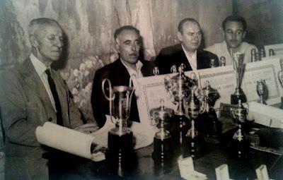Trofeos del Campeonato Social de 1951 del Club Ajedrez Mataró