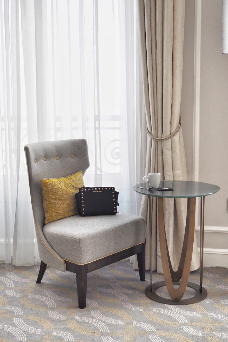 Dans la chambre de l'hôtel Hilton Paris Opéra
