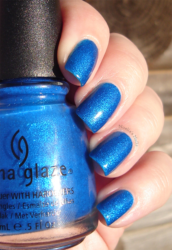 Noelies Nails China Glaze Blue Sparrow