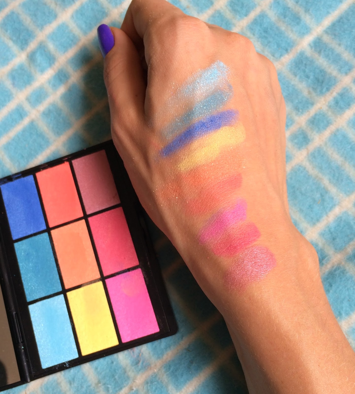gosh-cosmetics-to-play-with-in-vegas-palette-swatches