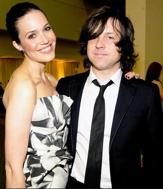 Foto de Ryan Adams con su ex pareja