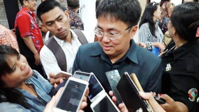 DPRD Sulut Paripurnakan Penutup dan Pembukaan Masa Sidang II-III 2018 serta Pemandangan Umum Fraksi-Fraksi