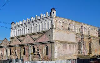 Жолква. Львовская обл. Оборонная синагога. 1692 г.