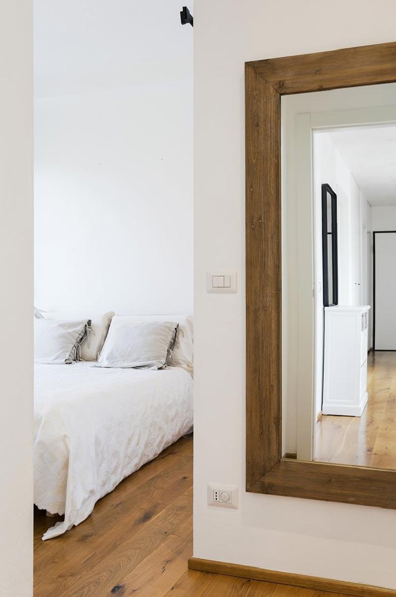 ingresso camera da letto - appartamento SD by Nomade Architettura
