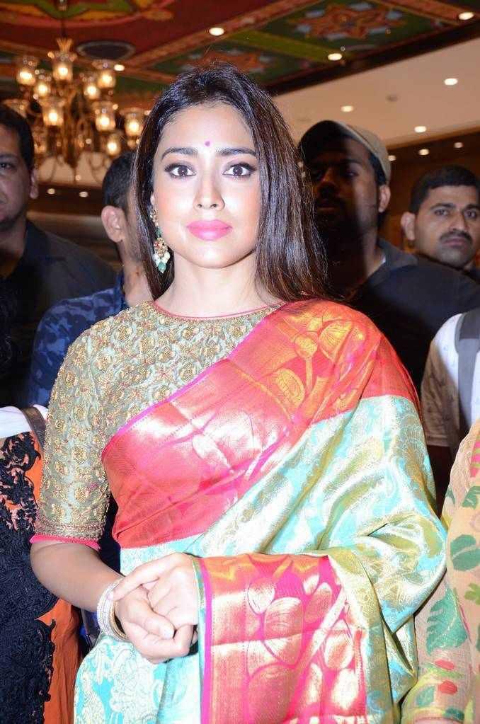 Shriya Saran Stills In Traditional Green Sari At VRK Silks Exhibition launch
