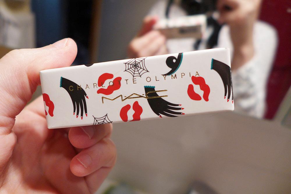 lipstick mac, Rouge rétro, édition limitée Charlotte Olympia (matte)