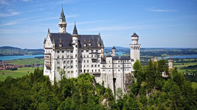Wallpaper: Travel at Neuschwanstein Castle (Disney)