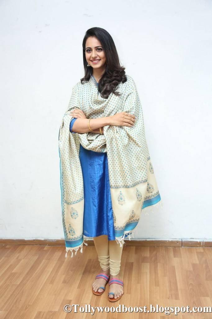 Actress Rakul Preet Singh Stills At Telugu Movie Press Meet