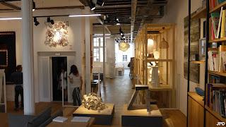 Aux Arts Etc Cafe Galerie D Art  Paris France