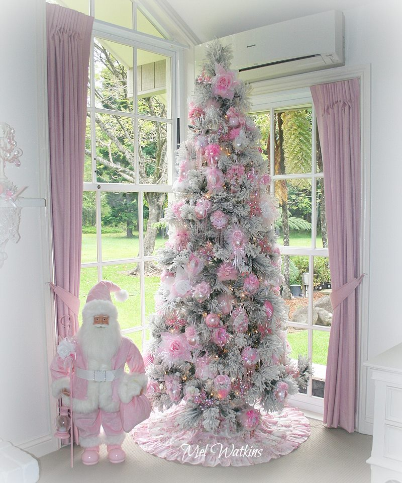 Pink And White Christmas Tree: Olivia's Romantic Home: Mel's Pink Christmas Home Tour