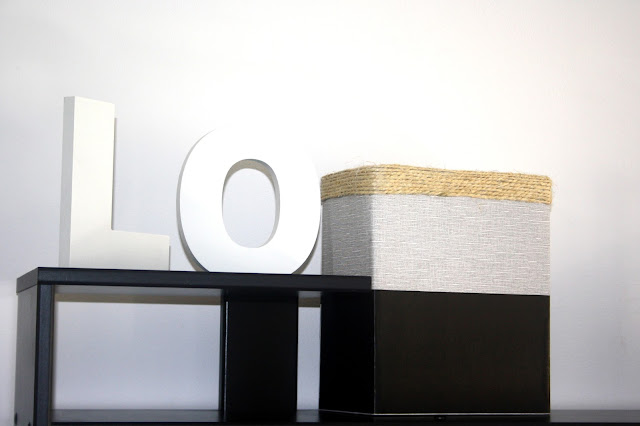 letras de madeira brancas