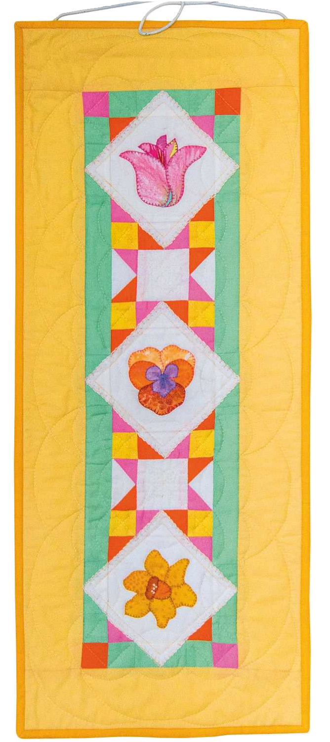 Spring flowers wall hanging. Patchwork