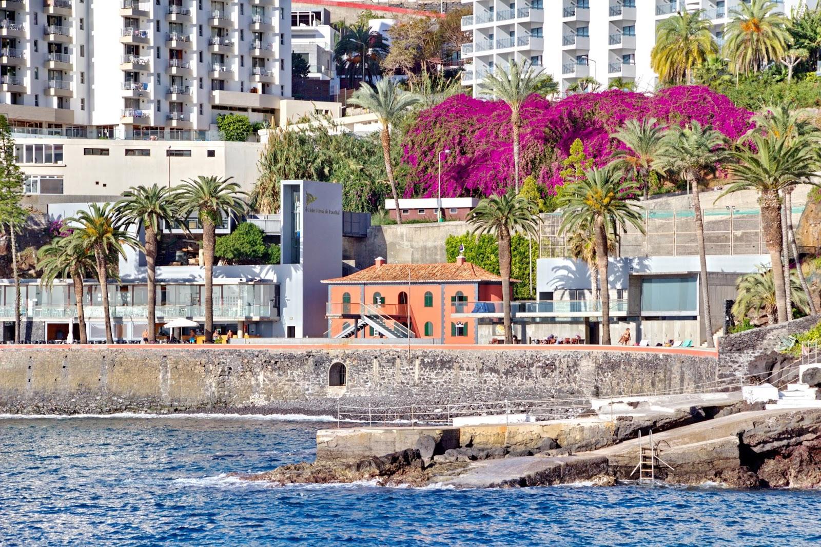 o Clube Naval do Funchal