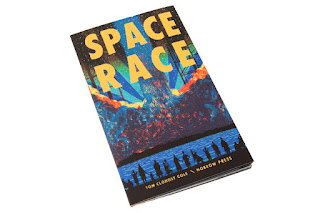 Space Race de Tom Clohosky Coley. Edita Nobrow
