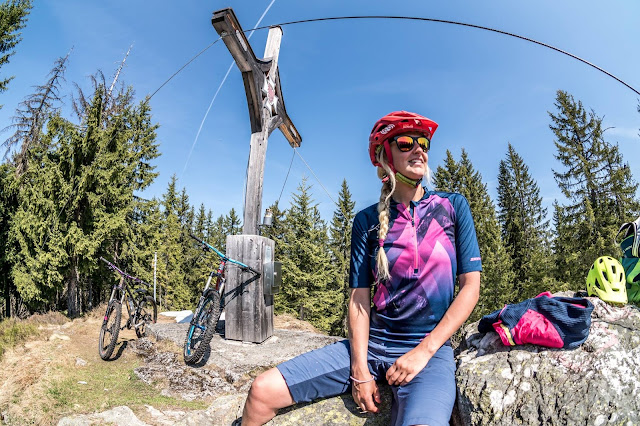 mtb kirchberg in tirol rauher kopf trail bike mountainbike ziener bike shirt edla lady tricot