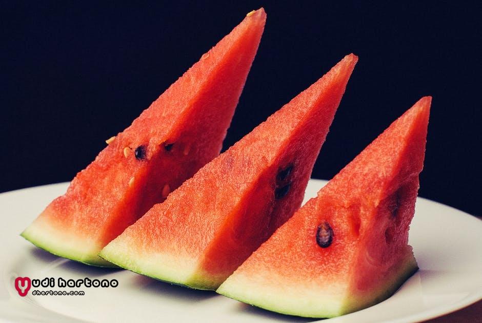 Bolehkah Ibu Hamil Makan Semangka?