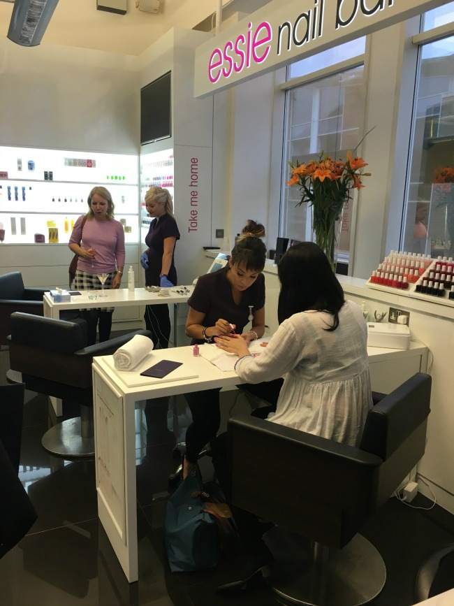 ken-picton-salon-Cardiff-a-review-bianca-essie-nail-bar