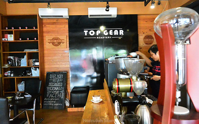 Nongkrong Asyik di Top Gear Coffee & Roastery Jogja