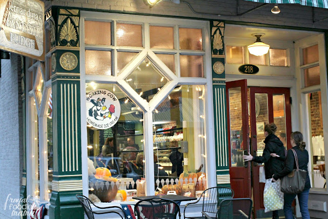 Though Fernandina's Fantastic Fudge is famous for their homemade fudge that you can watch being made on marble slabs, they also serve gourmet chocolates, hand dipped ice cream, coffee, and their signature hot chocolate.