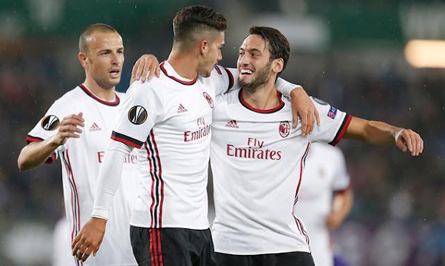 AC Milan vs Austria Wien Foto Topbola.net