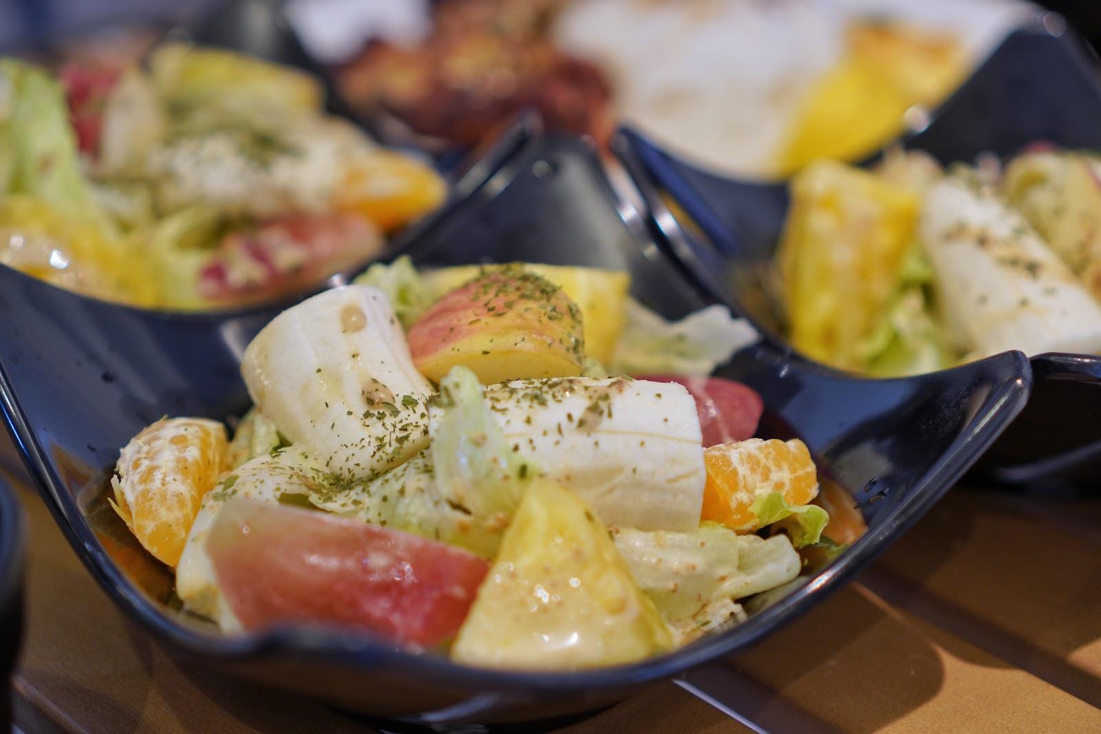 台南美食【咚嗞咖啡】附餐沙拉