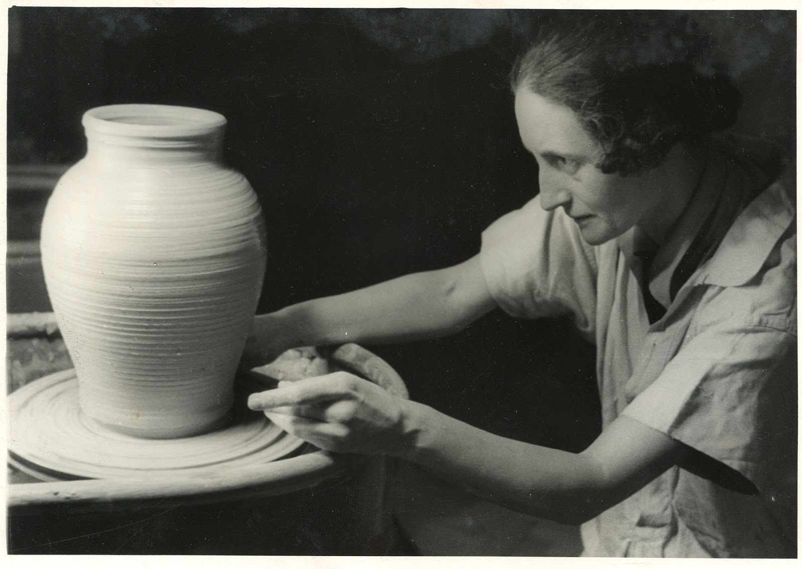 Hand Eye Foot Brain Dora Billington Potter Needlewoman