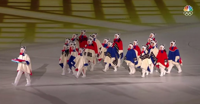 PyeongChang 2018 Winter Olympics Closing Ceremony white tiger elementary schoolers fursuit furry costume South Korea