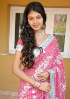 Monal Gajjar Family Husband Parents children's Marriage Photos