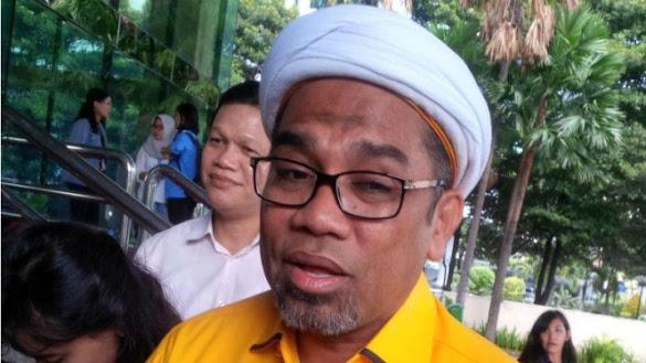 Ngabalin: Mulut Amien Kayak Comberan, PAN Tak Usah Gabung ke Jokowi