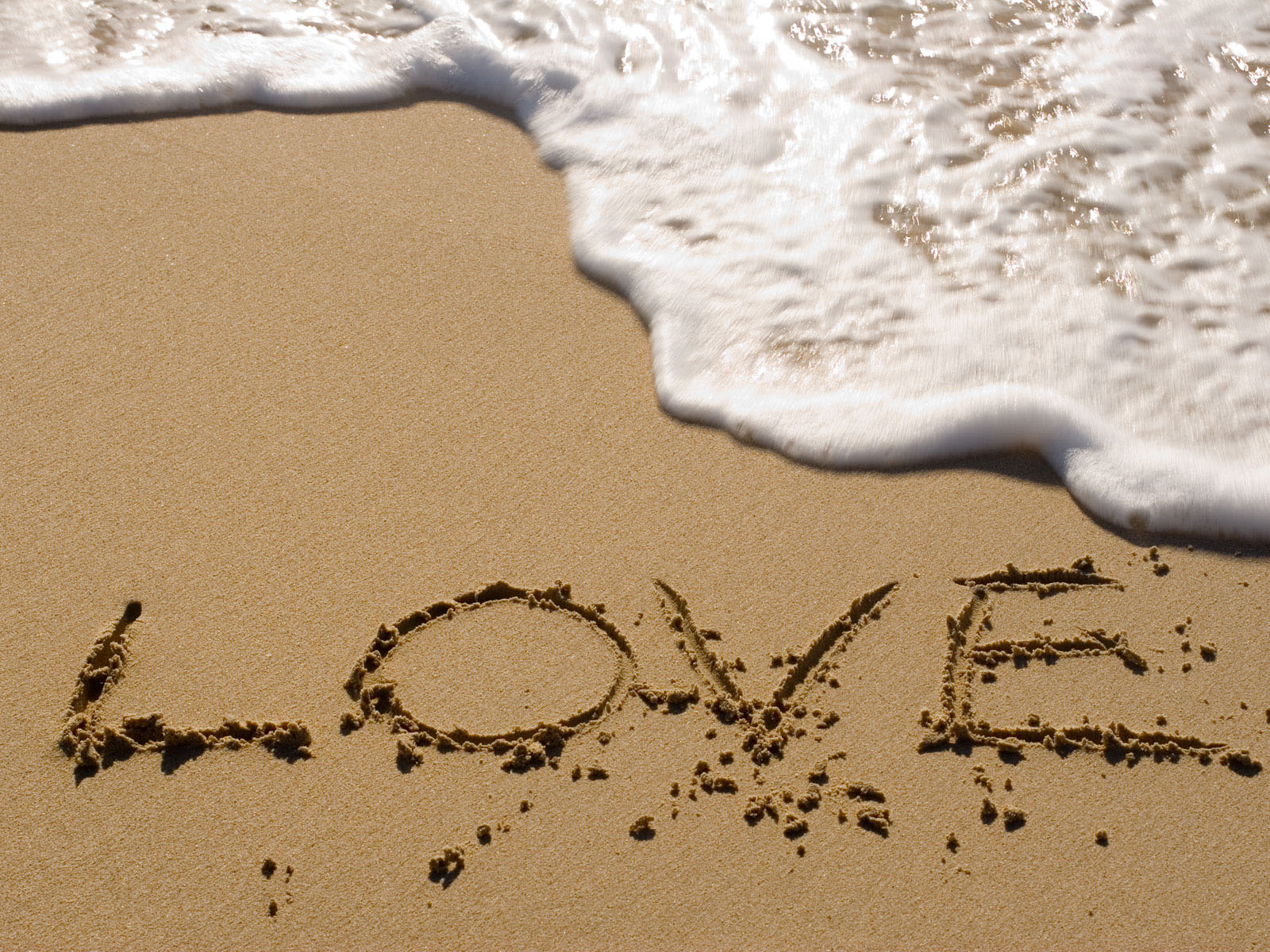 wallpapers: Valentine's Beach Love Wallpapers