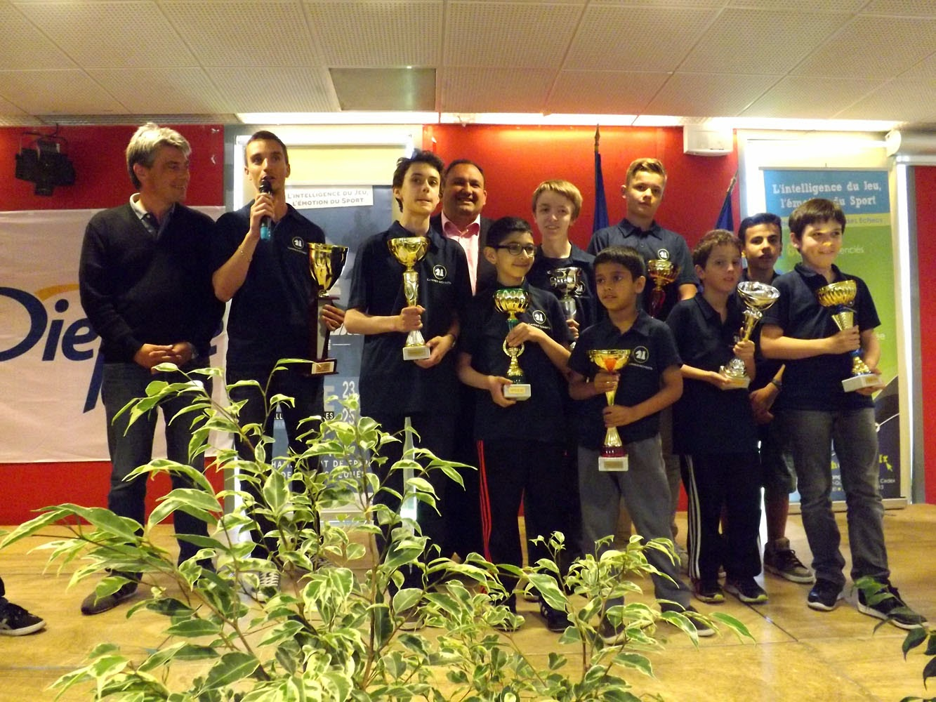 Cannes remporte son 7e titre de champion de France des Clubs Jeunes - Photo © FFE