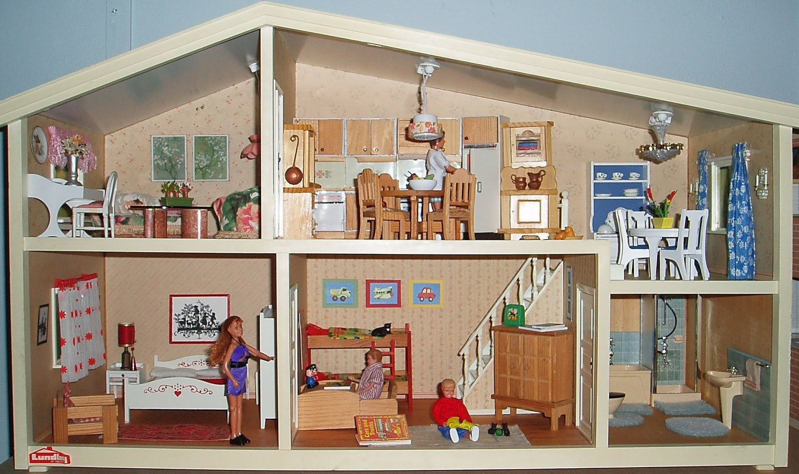 My Vintage Dollhouses From Across The Pond