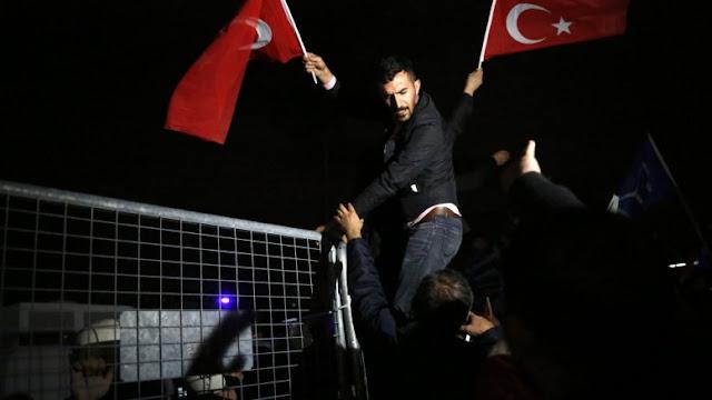 Διακοπή διπλωματικών σχέσεων από Τουρκία: Δεν επιτρέπουν επιστροφή του Ολλανδού πρέσβη