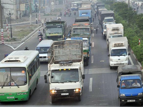 vantai - Yêu cầu doanh nghiệp vận tải xem xét giảm giá cước
