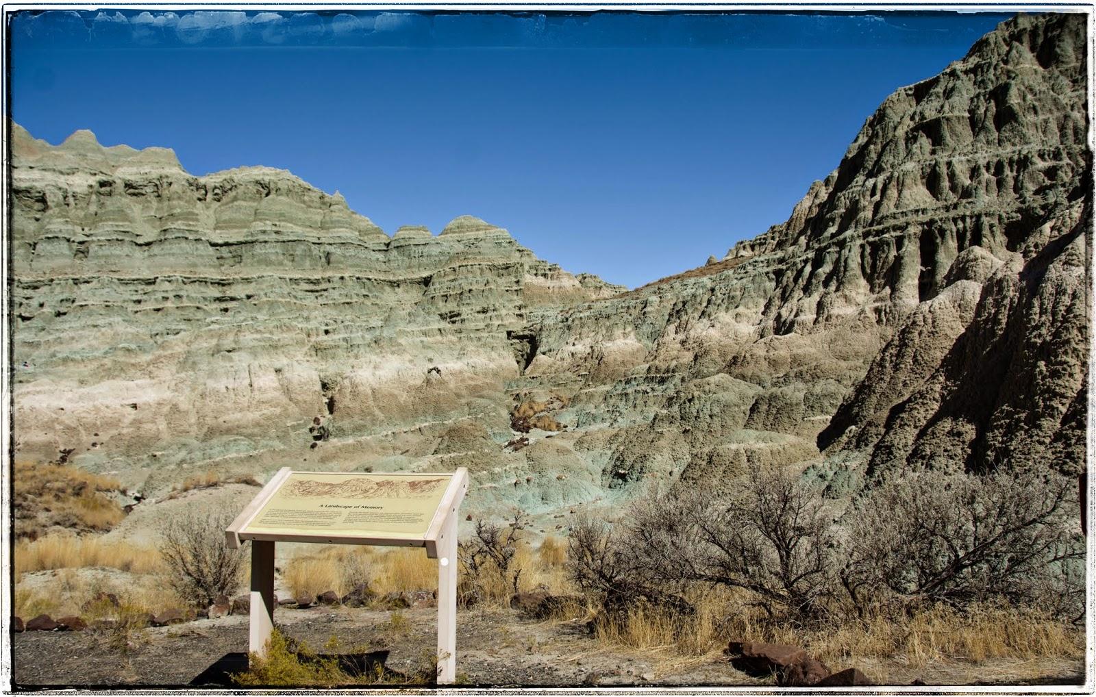 Stillhowlyntravels John Day Fossil Beds Sheep Rock