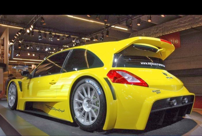 2010 New Megane Renault Sport 3 Wallpaper: New Yellow Renault Megane Sport 225 Wallpaper HD