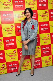 Vidyut Jamwal Adah Sharma Commando 2 Movie Team at Radio Mirchi 95  0011.jpg