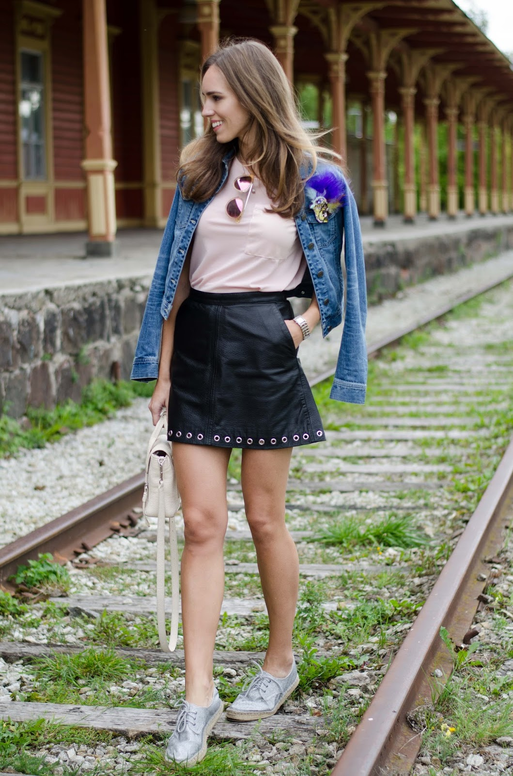leather skirt pink tshirt outfit