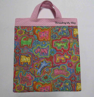 """""""Little Shopper Tote"""" is a Free Tote Bag Pattern designed by Pam from Threading My Way"""