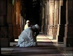 Dahsyatnya Istighfar Pengabul Doa