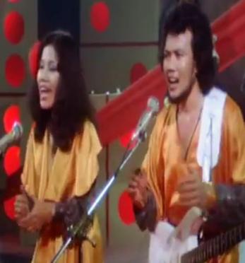 Download Lagu Duet Rhoma Irama Feat Rita Sugiarto