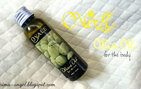 Membersihkan Makeup dengan Ovale Olive Oil