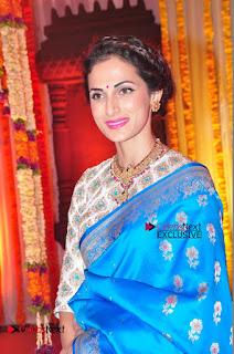 Actress Model Shilpa Reddy Exclusive Stills in Blue Saree at Vijay Karan Aashna Wedding  0028.JPG