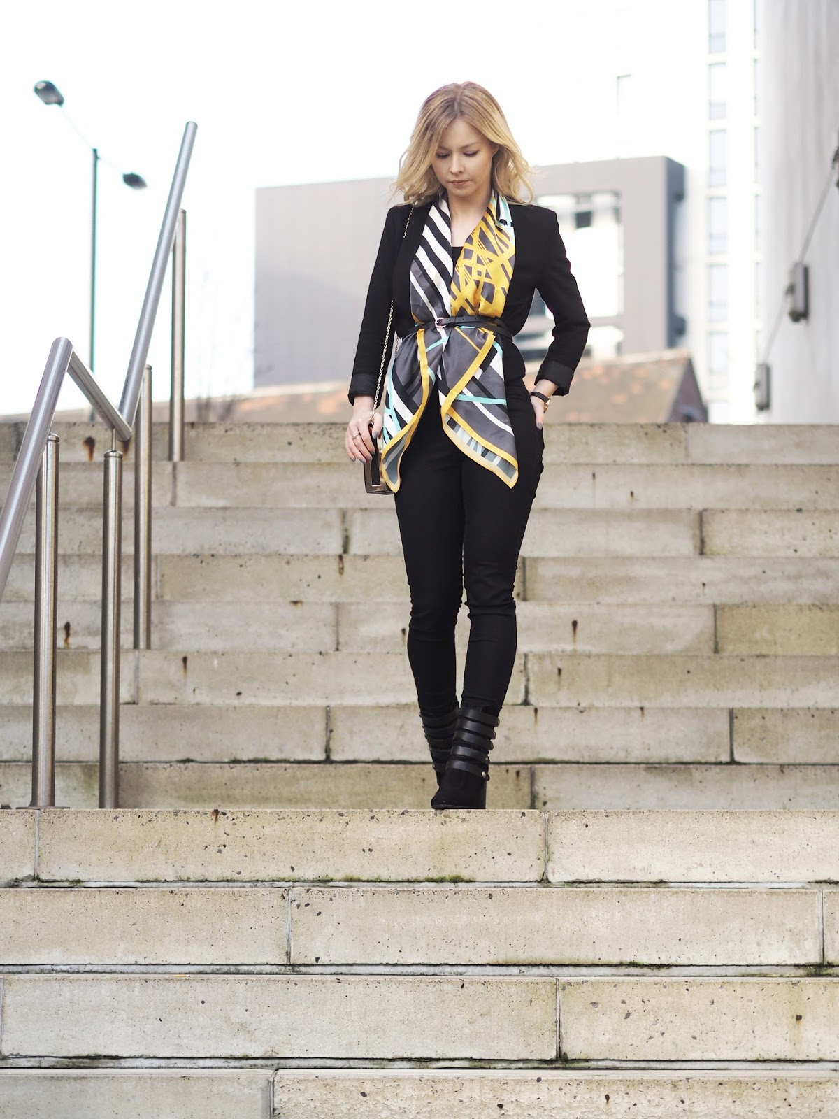 Fashion blogger wears the cool line UK silk scarf styling all black outfit