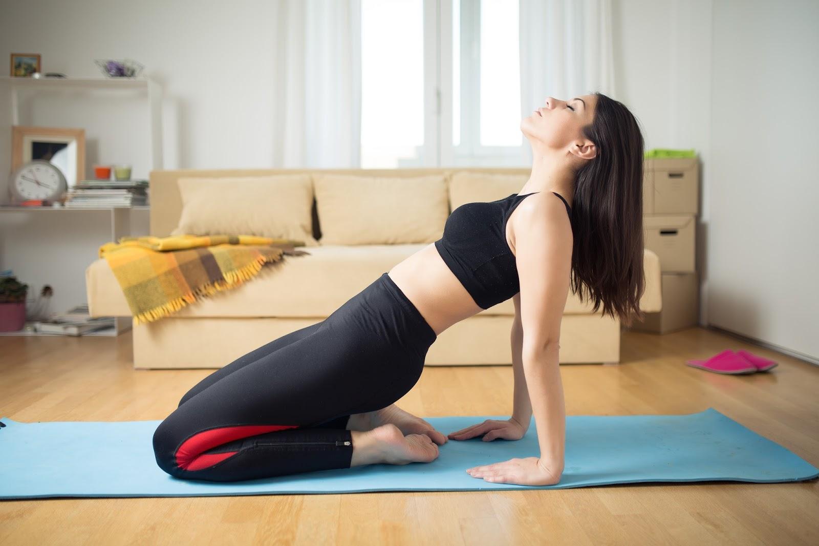 Yoga by jimena seis consejos para practicar yoga en casa - Clases de yoga en casa ...