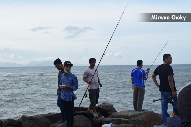 Pantai Alue Naga Aceh