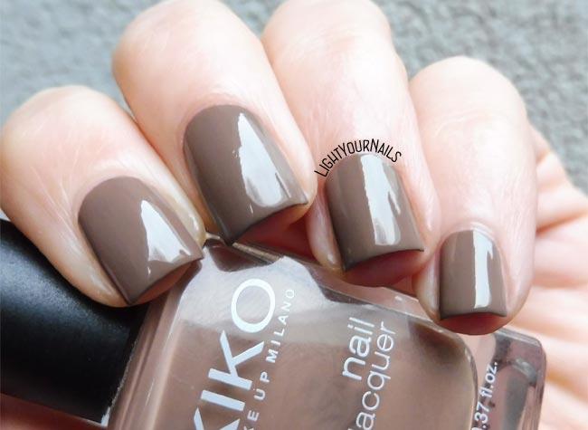 Smalto Kiko 322 Caffelatte nail polish