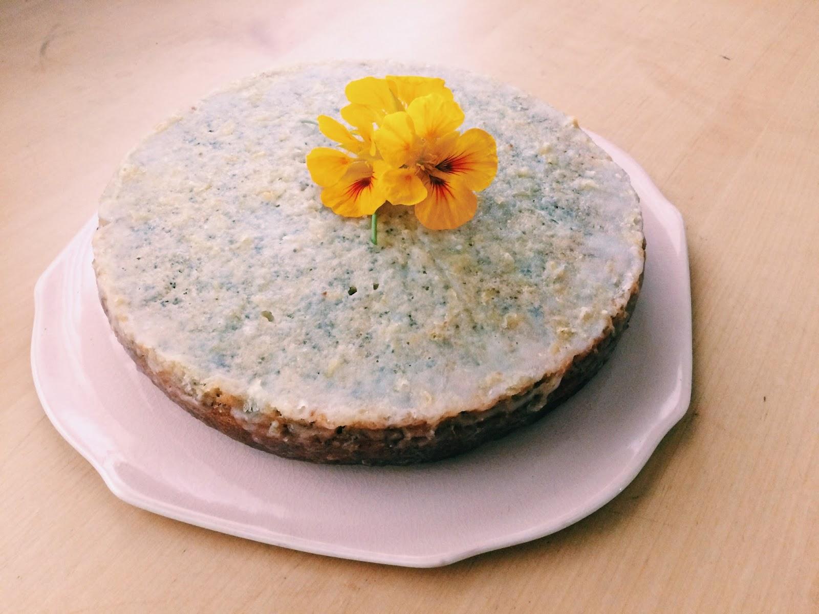 Alice Bakes a Cake: Lemon poppyseed cake